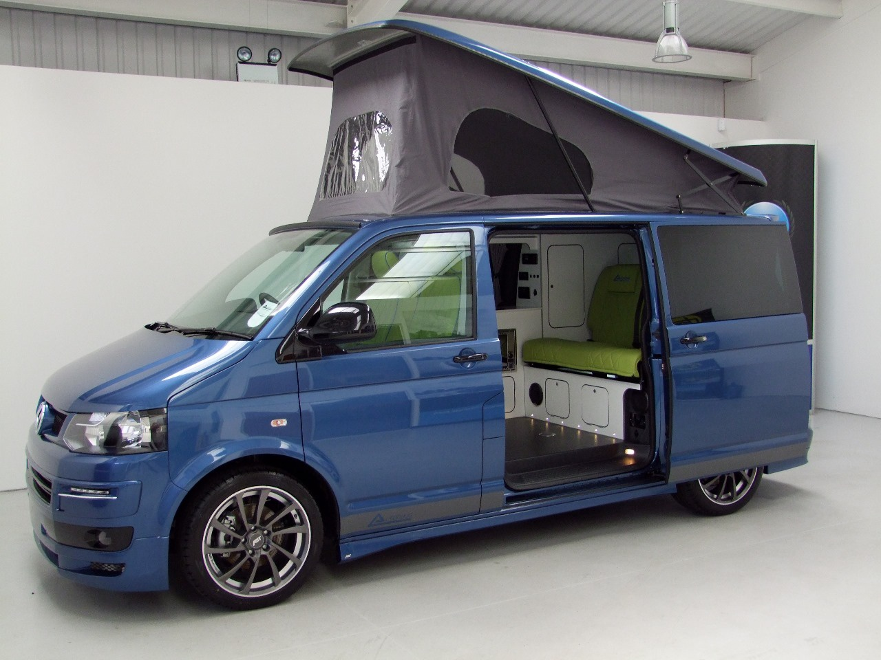 vw t5 camper autohaus ashton with full abt body kit unregistered nick whale motorhomes. Black Bedroom Furniture Sets. Home Design Ideas